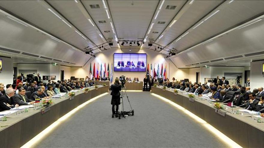 El petróleo de la OPEP se aprecia un 2,5 por ciento hasta los 101,47 dólares