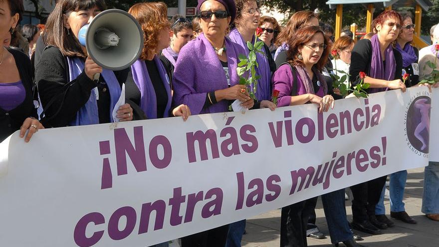Pancarta en contra de la violencia de género. (CA).