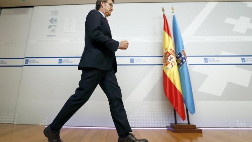 El presidente de la Xunta, Alberto Nuñez Feijóo, tras la reunión del consello, este jueves en Santiago de Compostela.
