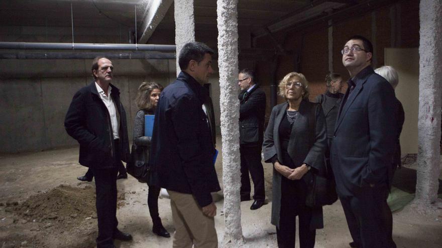 Imagen de archivo de la visita a centros municipales en Vicálvaro