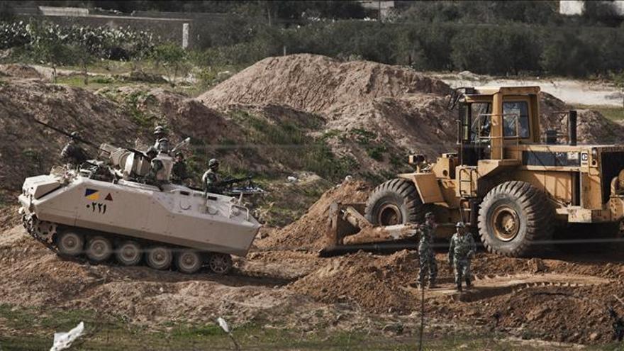 El Ejército egipcio destruye 154 túneles ilegales en la frontera con Gaza