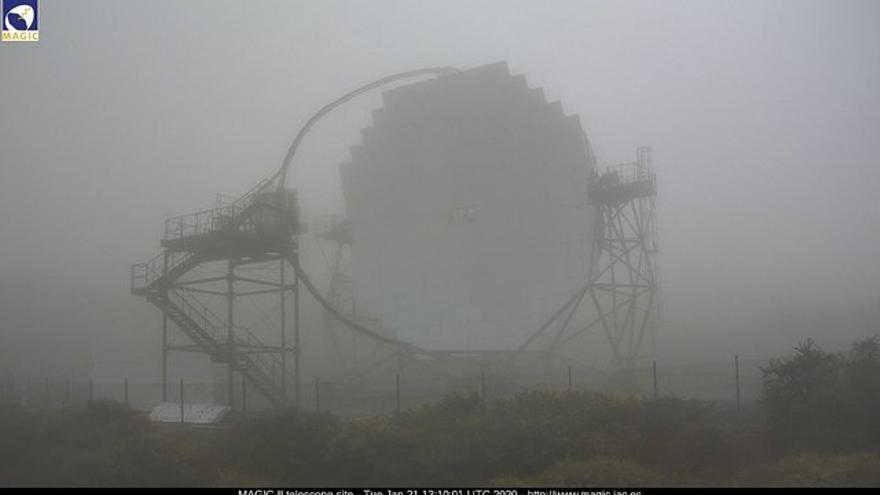 Imagen captada este martes, 21 de enero, a las 13.10 horas, de la webcam de los MAGIC del entorno del Observatorio del Roque de Los Muchachos.