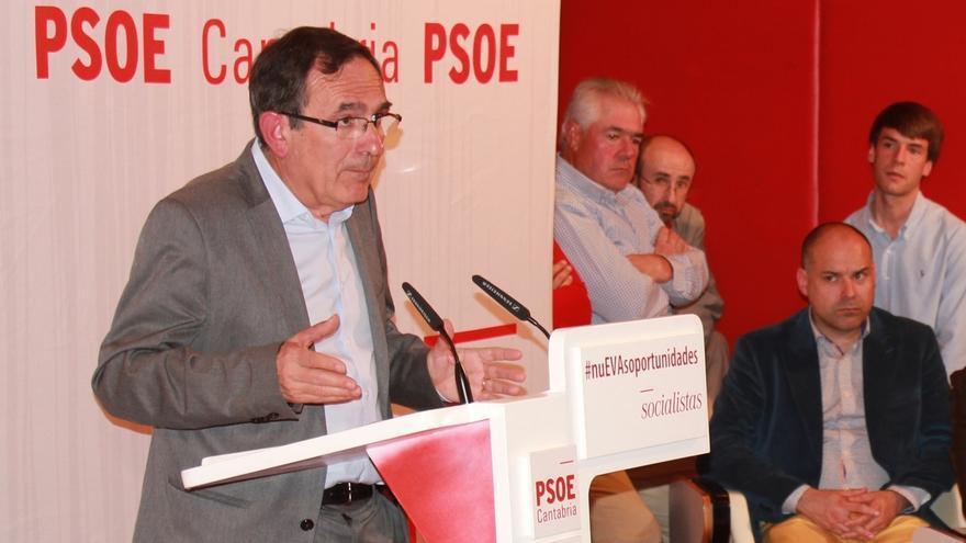"""Cruz Viadero dice que los pactos son """"tema de partido"""" y apuesta por equipo de Gobierno """"de izquierda progresista"""""""