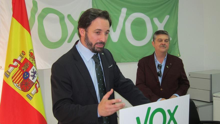Santiago Abascal (Vox) insiste en aplicar el artículo 155 de la Constitución para Cataluña