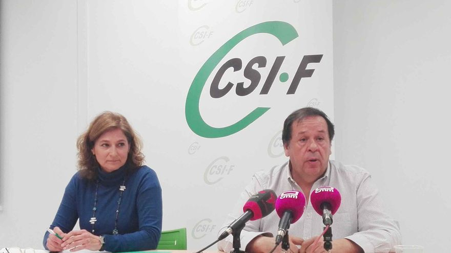 Victoria Ortiz y Julio Retamosa en rueda de prensa