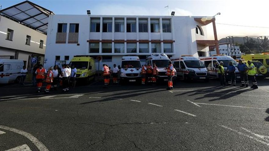 Equipos de emergencias. (EFE/Ángel Medina)