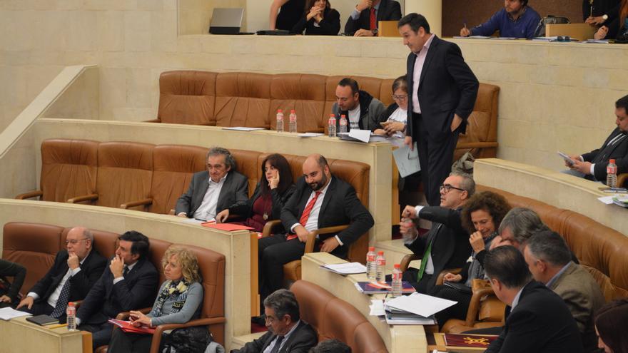 Carrancio dirigiéndose a la tribuna de oradores.