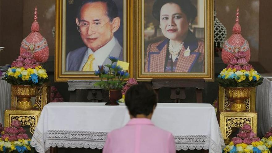 Ingresada la reina Sirikit de Tailandia por una inflamación pulmonar
