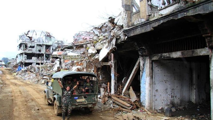 El Ejército filipino mata a dos supuestos yihadistas que seguían en Marawi
