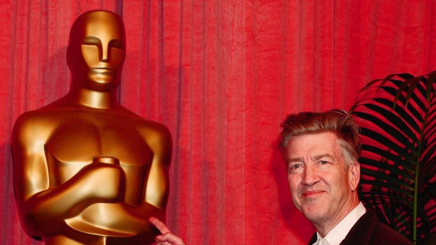El director David Lynch durante los Oscar de 2002