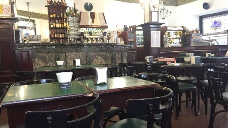 Imagen del interior del Café Derby, en Santiago de Compostela.