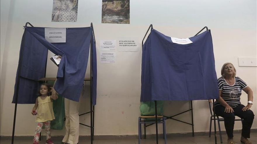 Las bolsas esperan con cautela pero sin miedo las elecciones en Grecia