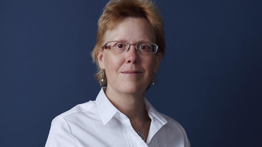 Deirdré Straughan (Ericsson) es una de las pocas mujeres mayores de 50 años de su compañía
