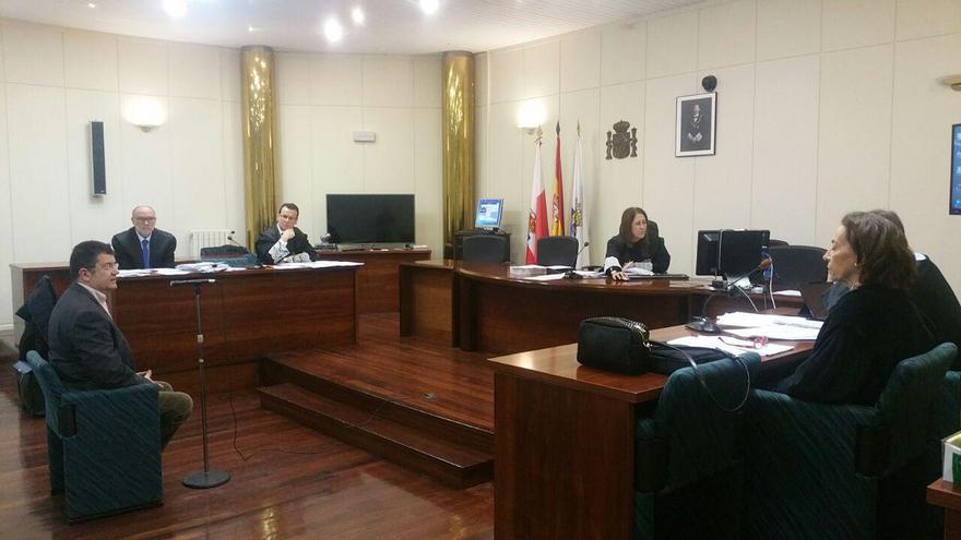 Julián de Fabián, fundador de Ganemos, declarando en el juicio. | LARO GARCÍA