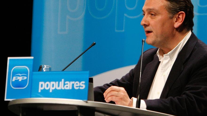 El diputado del PP Alfredo Prada deja la política para reincorporarse al ejercicio de la Abogacía