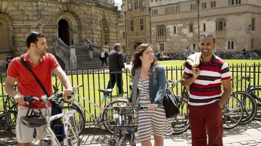 El Merton College de Oxford no admitió a ningún estudiante británico negro en cinco años