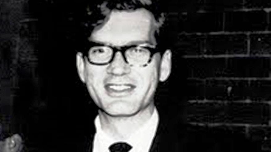 El poeta conquense Luis Rius