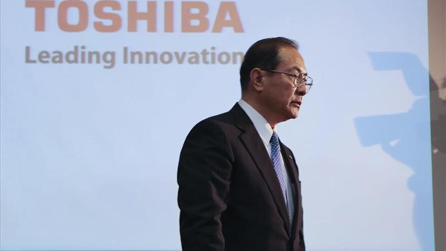 Toshiba gana 281 millones en los seis primeros meses, un 29 % menos, tras el fraude