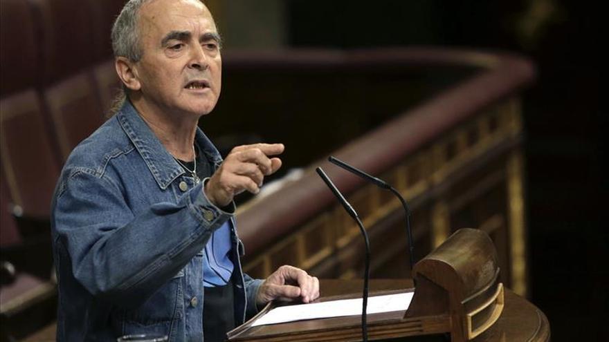 El fiscal dice que la Constitución que rompió ampara al diputado de Amaiur