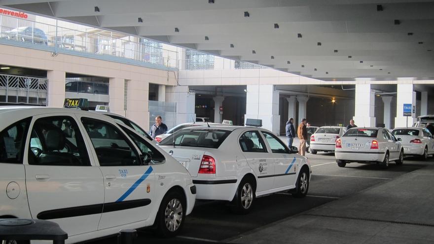 """Taxistas expresan su """"enérgica repulsa"""" a actos vandálicos que puedan producirse aprovechando reivindicaciones"""