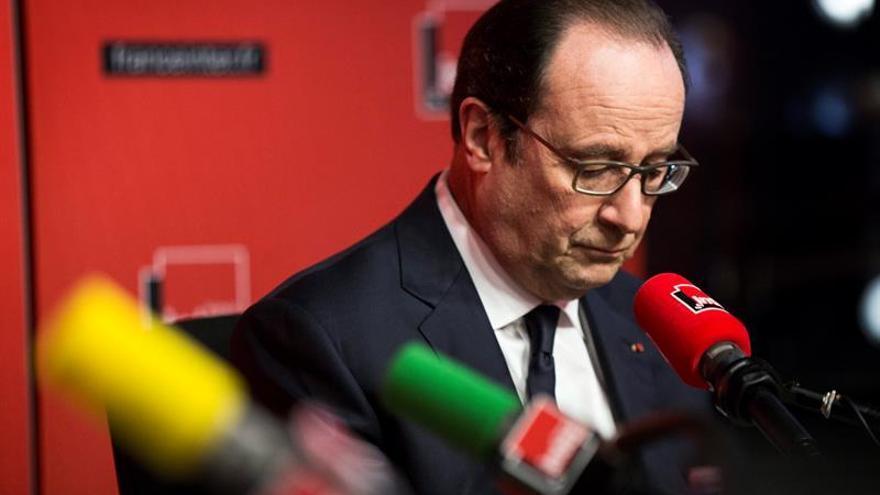 Hollande descarta nuevas enmiendas a la reforma laboral