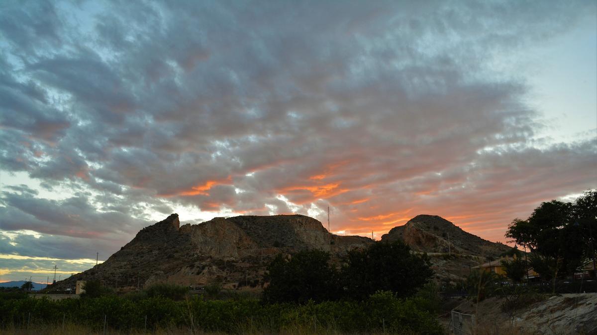 Una campaña arqueológica fomentada por la UMU halla una torre ibérica de grandes dimensiones en Santomera