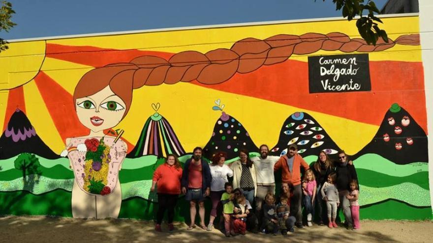 El mural elaborado en memoria de la maestra Carmen Delgado / Memoria de Futuro