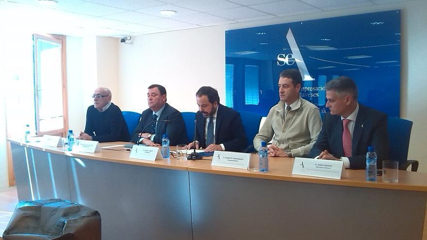 """SEA acusa a Maroto (PP) de """"populista"""" y de protagonizar un """"ataque sin precedentes"""" a las empresas"""