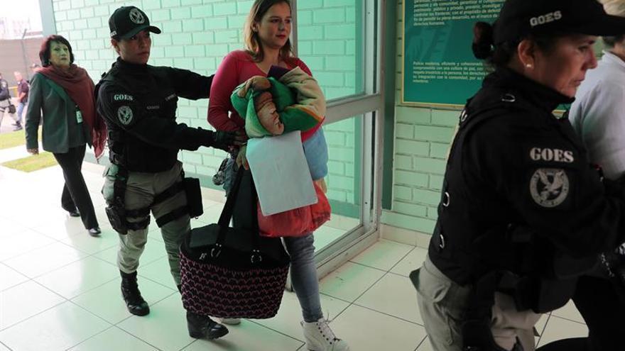 España repatría desde Perú a 66 españoles, 31 con condena pendiente