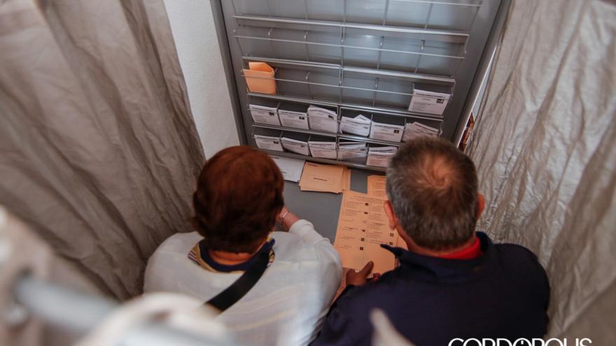 Elecciones 10N en Córdoba   ÁLEX GALLEGOS