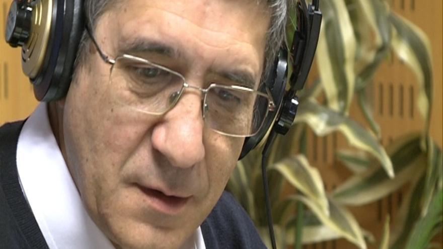 """López (PSOE) dice que se puede hablar del planteamiento del PNV para que se reconozca a Euskadi """"como nación"""""""