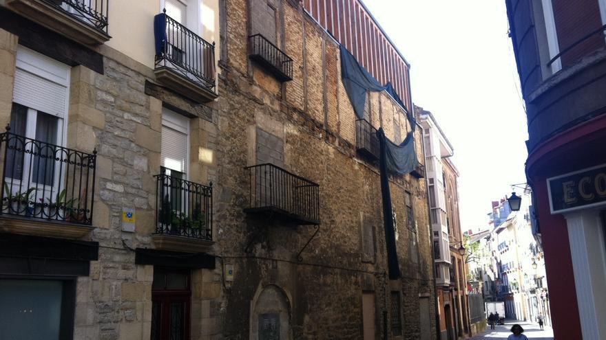 Vista exterior del palacio Ruiz de Vergara en la calle Herrería de Vitoria-Gasteiz.