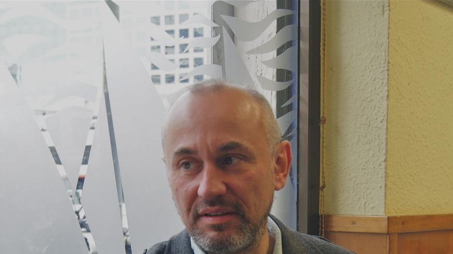 Frédéric Viale, miembro del consejo científico de ATTAC Francia.