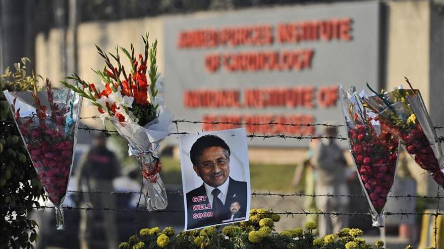 La Justicia paquistaní obliga a comparecer a Musharraf a pesar del informe médico