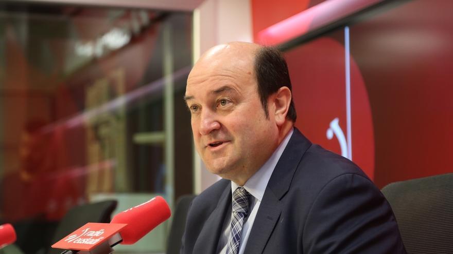 """Ortuzar (PNV) pide que el próximo 26J los ciudadanos de Euskadi """"voten en clave vasca y no en clave española"""""""