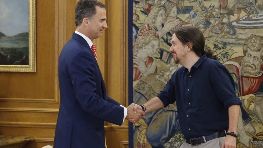 """Pablo Iglesias asegura que el Rey está """"preocupado"""" por la votación del Parlament e """"incómodo"""" con la situación"""