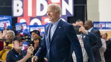 Joe Biden en un acto de campaña de las primarias demócratas