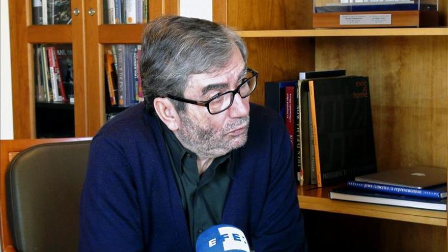 """Muñoz Molina asegura que """"en España la gente tiene miedo a hablar de sentimientos"""""""