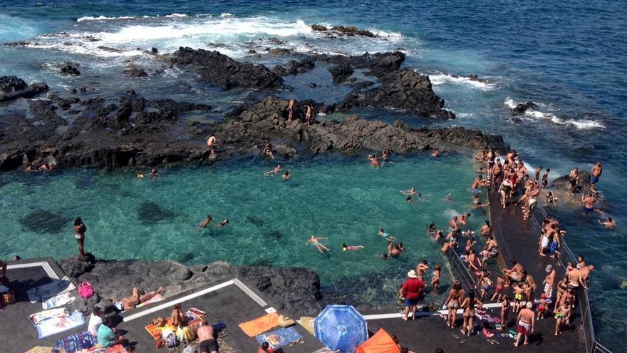 Piscina natural de Jover, en la costa de La Laguna