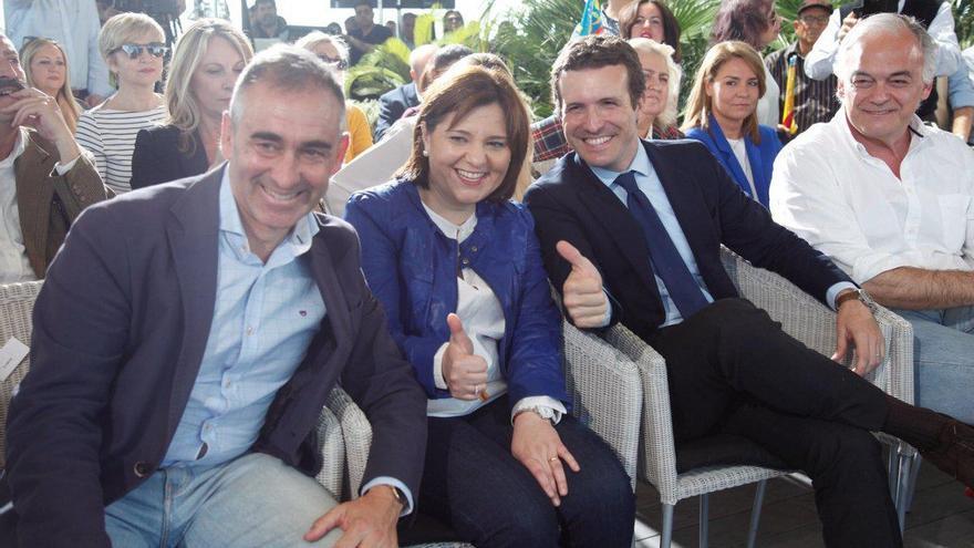 Miguel Barrachina, Isabel Bonig, Pablo Casado y Esteban González Pons en el acto del PP en Valencia