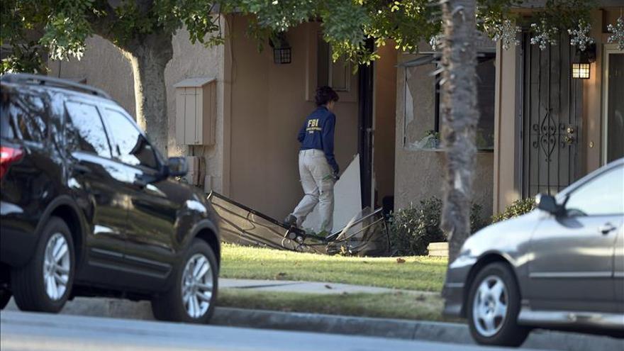 La Policía halla 12 bombas caseras en la casa de los sospechosos del tiroteo