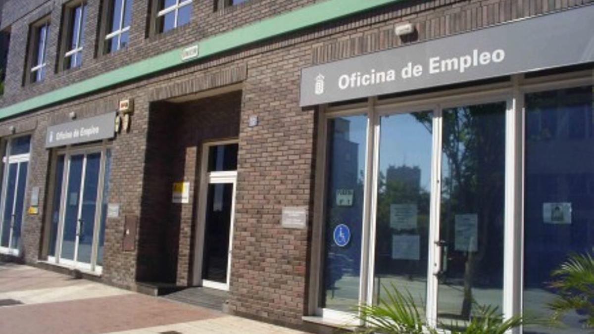 Oficina del Servicio Canario de Empleo (SCE) en Santa Cruz de Tenerife.