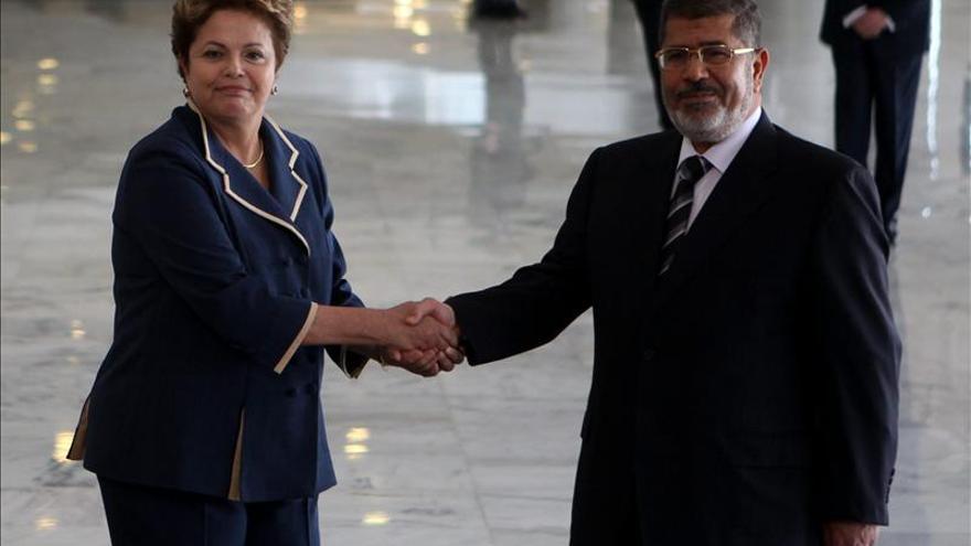 Rousseff recibe a Mursi en el inicio de su primera visita a Brasil