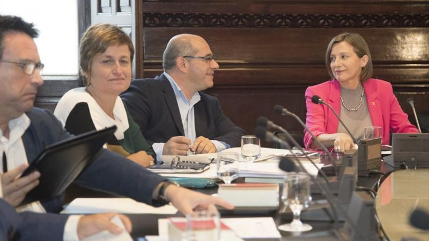 La Mesa del Parlament admite a trámite la ley de transitoriedad jurídica