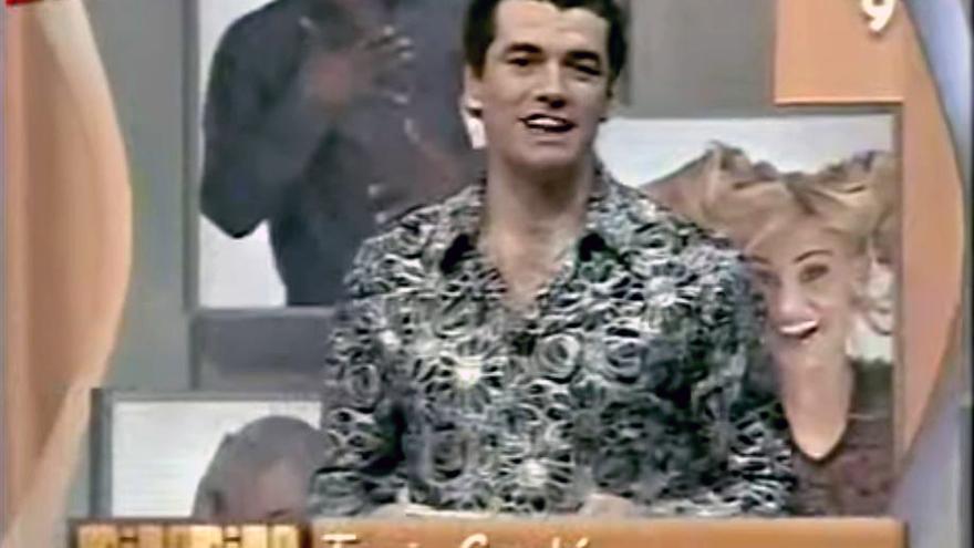 El actual portavoz de Ciudadanos Toni Cantó en su etapa en el programa 'Mira mira' de Canal 9
