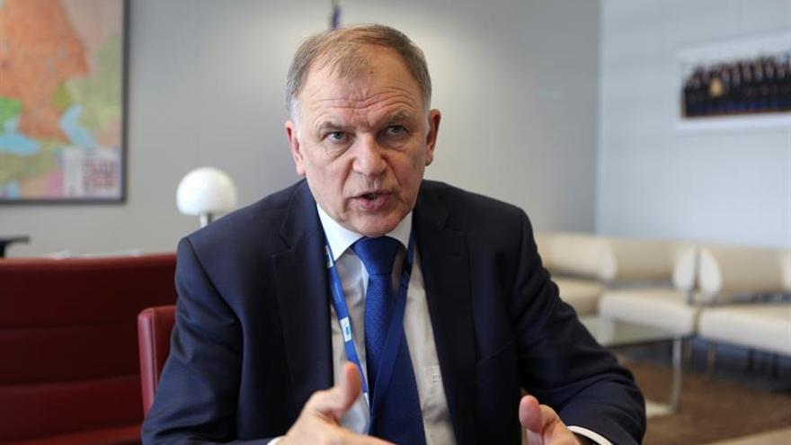 """Bruselas enviará """"misiones"""" a los 4 países más afectados por el fipronil"""