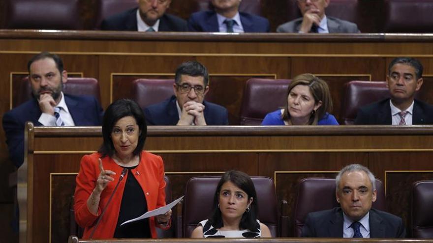 Robles dice que Rajoy no tendrá fuerza moral para pedir que se obedezca al TC