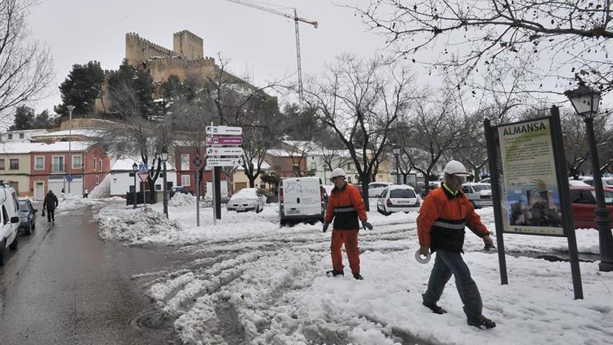 Unos 1.800 vecinos de la provincia de Albacete están aún sin electricidad