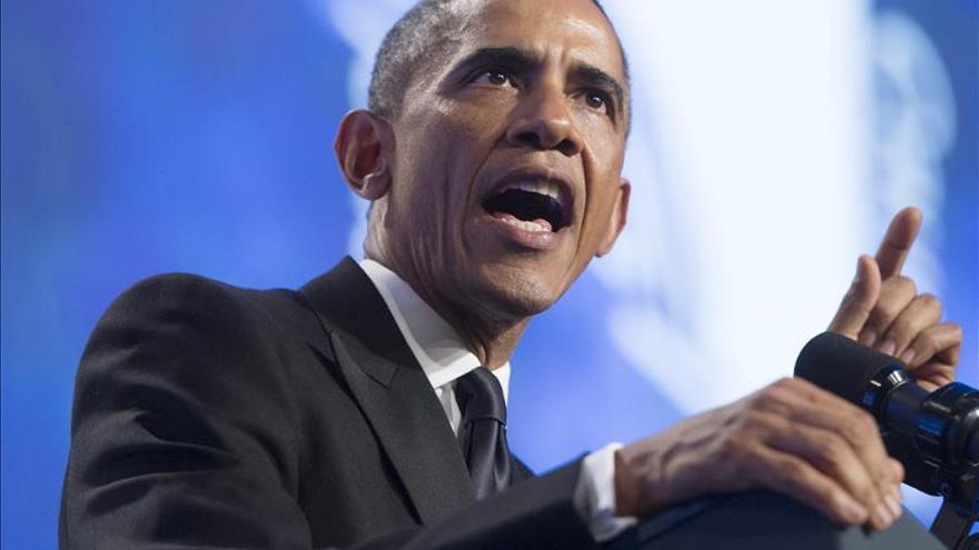 Obama habla con líderes europeos sobre el ébola y la ofensiva contra el EI