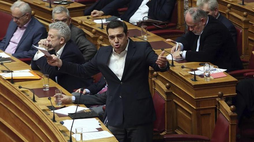 El Parlamento griego aprueba el acuerdo extrajudicial para las deudas de empresas